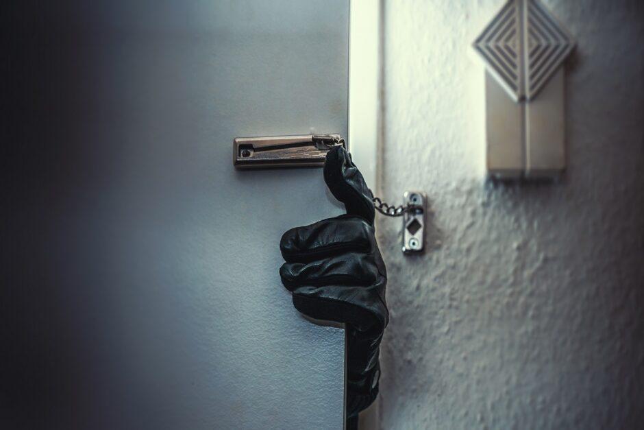 alfinodoors-πόρτες-ασφαλείαςαύξηση-διαρρήξεις-καλοκαίρι-αύγουστος